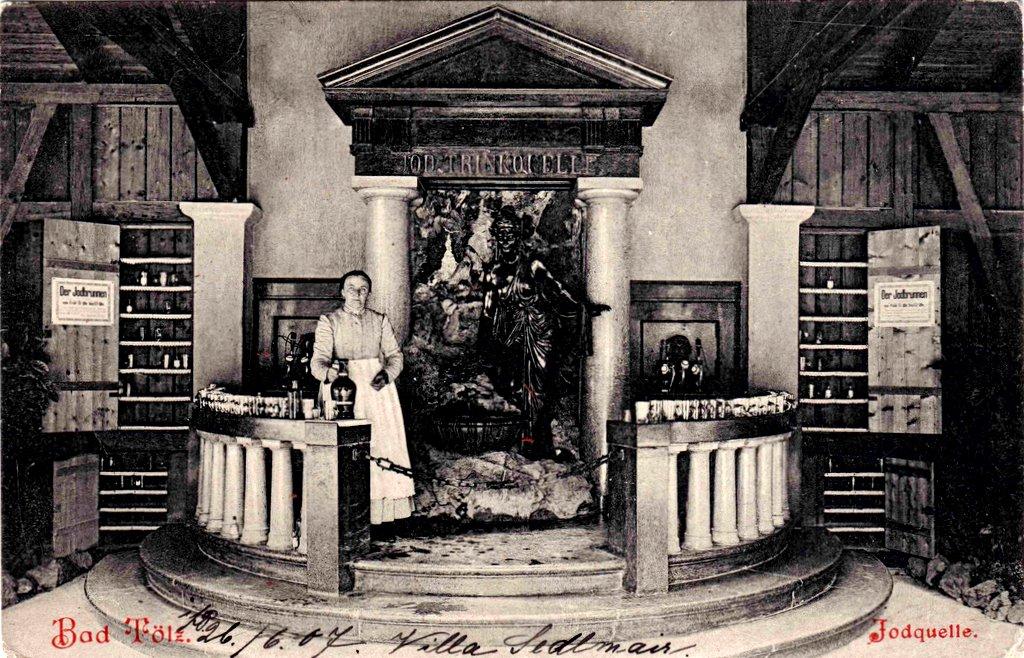 Jodwasser-Trinkbrunnen in der alten Wandelbahn. (um 1910)